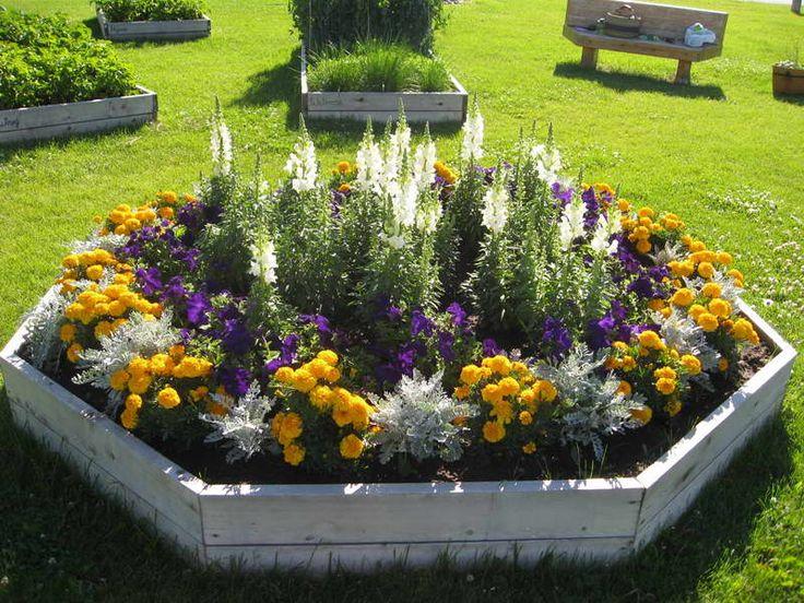 Stunning Flower Bed Arrangements Jimsmowing Com Au