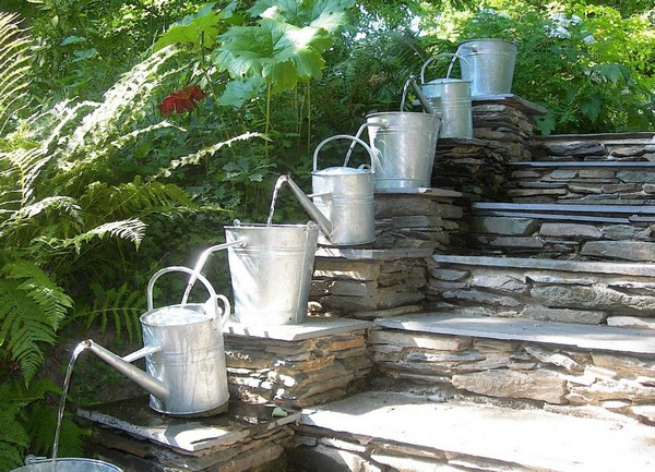 Adding Decorative Features To Your Backyard
